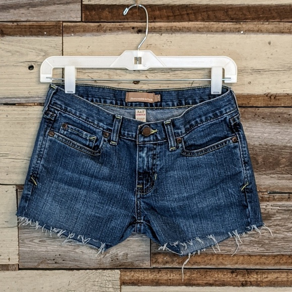 Abercrombie & Fitch Pants - Abercrombie & Fitch Cut Off Jean Shorts sz 2